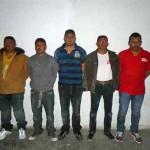 """Estos son los sujetos que fueron detenidos por los agentes GATE, quienes aseguraron pertenecer al grupo delictivo denominado """"Los Chapos""""."""