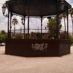 Vándalos han hecho de algunos puntos de la plaza de armas mural para sus 'pintas' (Foto. El Matamorense)