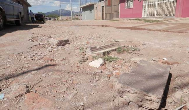 SIN ATENCIÓN   En abandono de las autoridades municipales se consideran los habitantes de la colonia ampliación Matamoros..