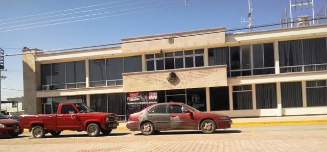 El edificio de la Presidencia Municipal, permaneció sin la mayoría de los regidores y funcionarios de primer nivel.