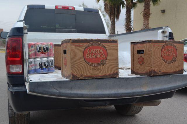 Policías Estatales localizan negocios con venta clandestina de bebidas embriagantes en Viesca y Matamoros.