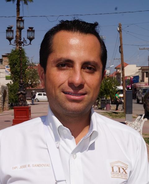 Diputado local, José Refugio Sandoval.