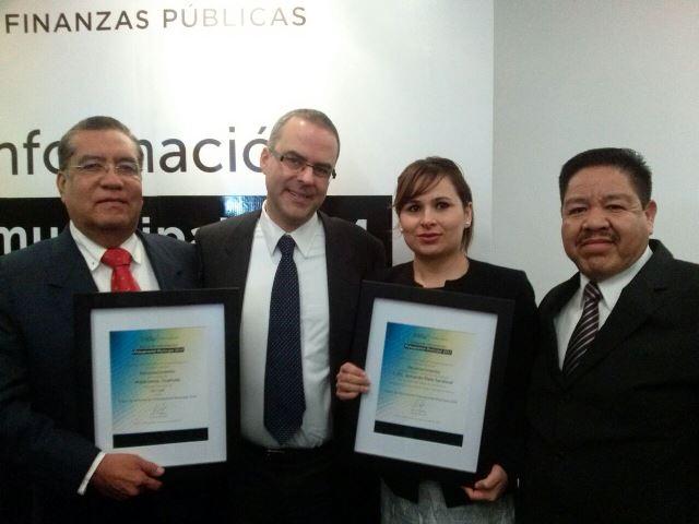 El Instituto Mexicano de Competitividad A.C. (IMCO) otorgo el galardón, por el cumplimiento de los índices de información sobre el presupuesto municipal 2014.