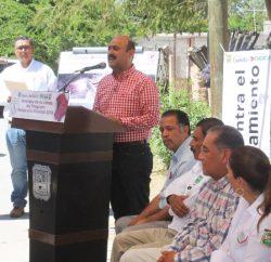 El Secretario de Desarrollo Social, dio una respuesta favorable e inmediata y autorizó 2 mil bultos más de cemento.