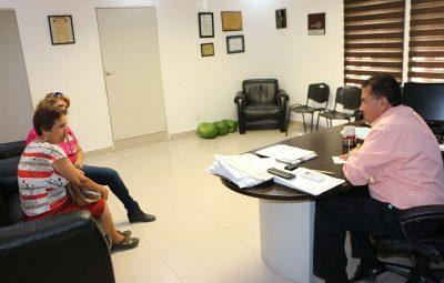 Denuncian a falsos promotores del DIF maderense